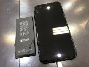 iPhoneXRバッテリー交換
