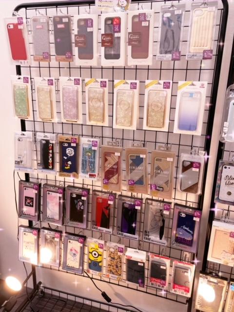 iPhone6s/7/8/SE第二世代対応のケース大量入荷!