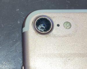 iPhone7外カメラレンズ修理前