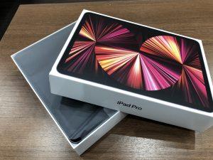 届いたばかりの新品iPad