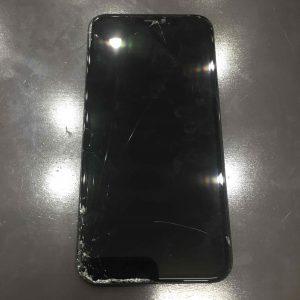 iPhone11画面割れ修理!即日!データ残したままOK!!【岡山県倉敷市西阿知からのお客様】