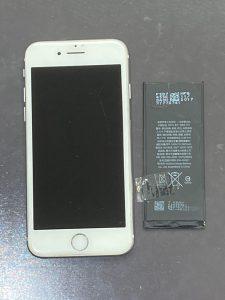 アイホン8 電池交換【iPhone 8】 八幡西区