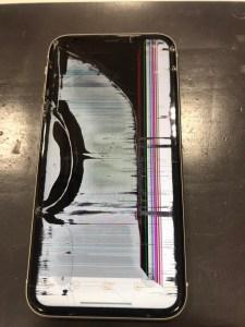 iPhone11 液晶漏れ 修理