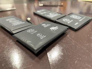 iPhoneXsのバッテリー交換致しました。【三豊市のお客様】
