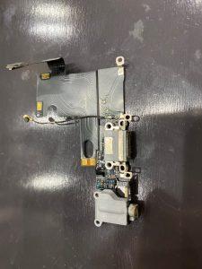 iPhone6のコネクター交換