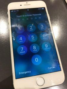 画面割れiPhone7