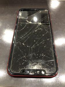 iPhone11画面割れ