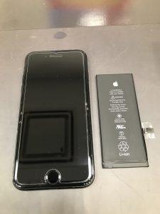 iPhone7バッテリー交換とフィルム交換