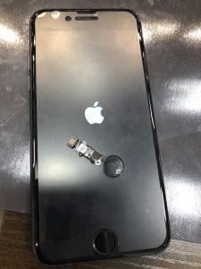 iPhone8ホームボタン交換