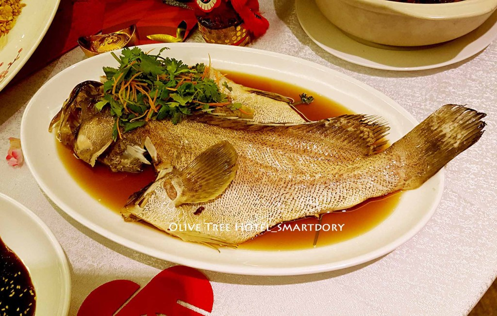 8 Chinese New Year Lucky Foods Symbolism For Prosperity_Steamed Fish Dish