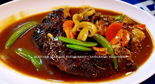 Rootian Seafood Restaurant Langkawi - Year End Celebration