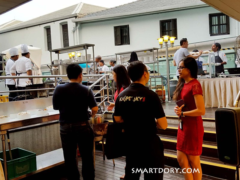 Friday Night Poolside Barbeque – Royale Chulan Penang