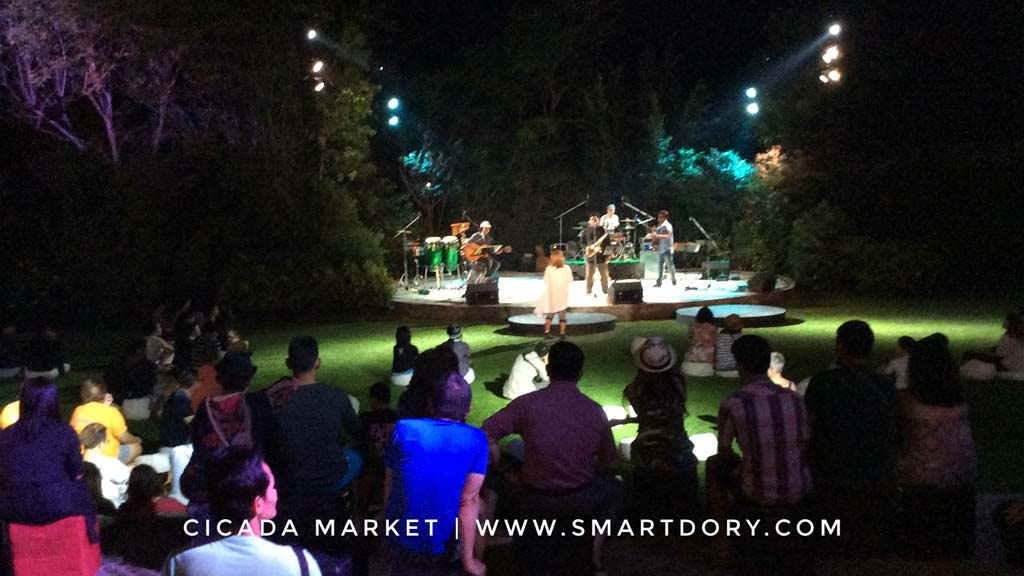 Cicada Market Hua Hin Performing Arts Artist Crafts Scene_Thai Rock Concert