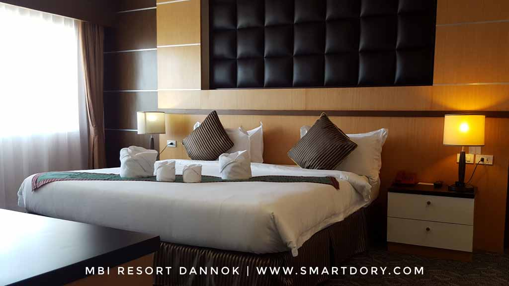 Weekend Fun Staycation MBI International Resort Dannok_King Bed