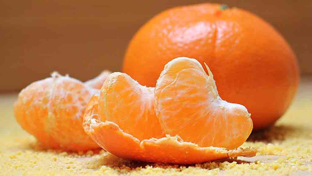 8 Chinese New Year Lucky Foods Symbolism For Prosperity_Mandrian Oranges