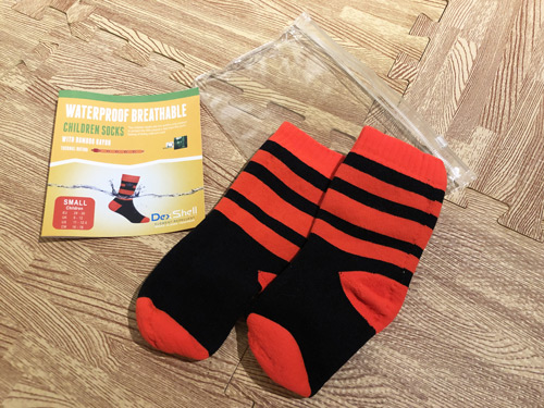 wasserdichte Socken schützen vor nässe beim Laufen in Barfußschuhen