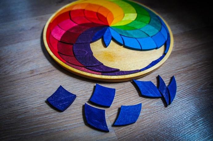 Lernspielzeug ab 5 Jahre Grimms Holz Einlege Puzzle Farbspirale