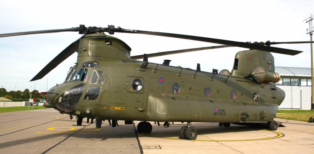 Real Força Aérea do Reino Unido encomenda mais helicópteros Chinook