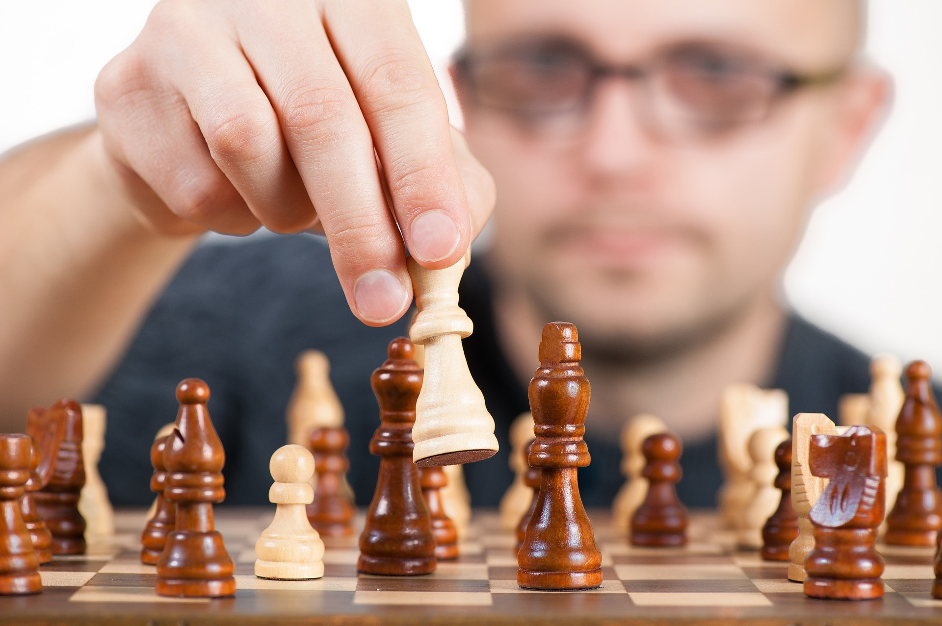make smart manufacturing management decisions