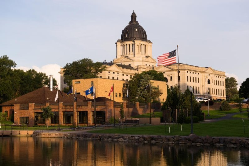 South dakota capitol K0FBM4