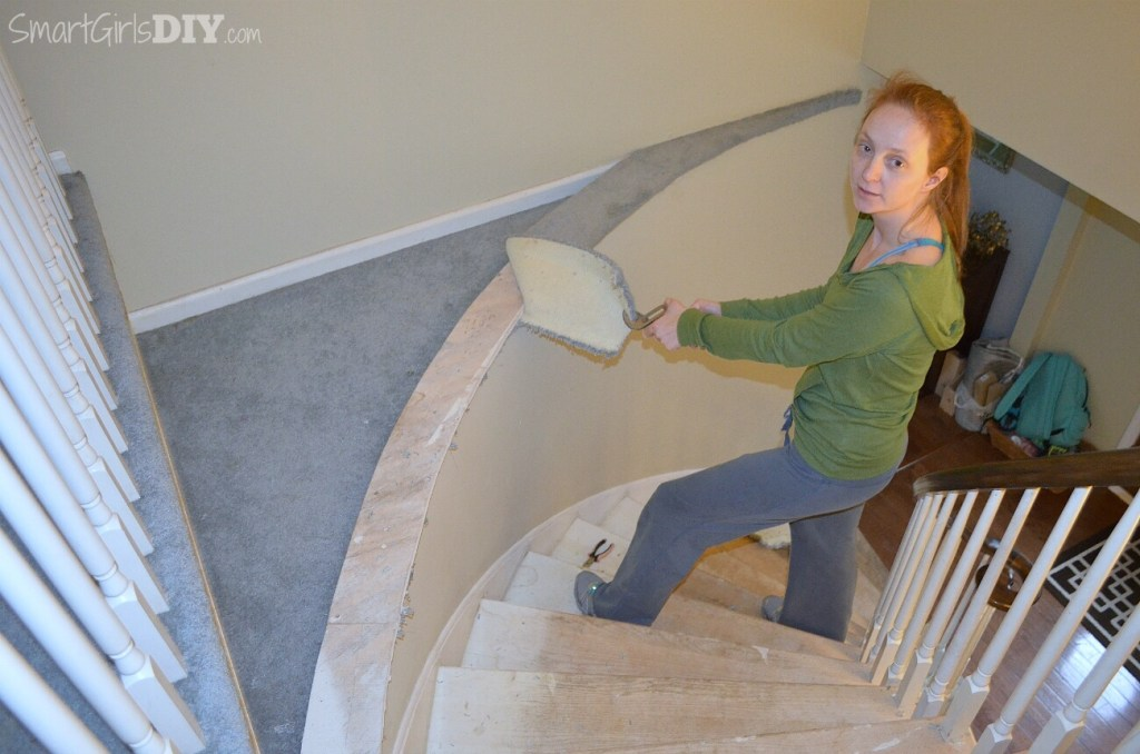 Removing carpet from staircase
