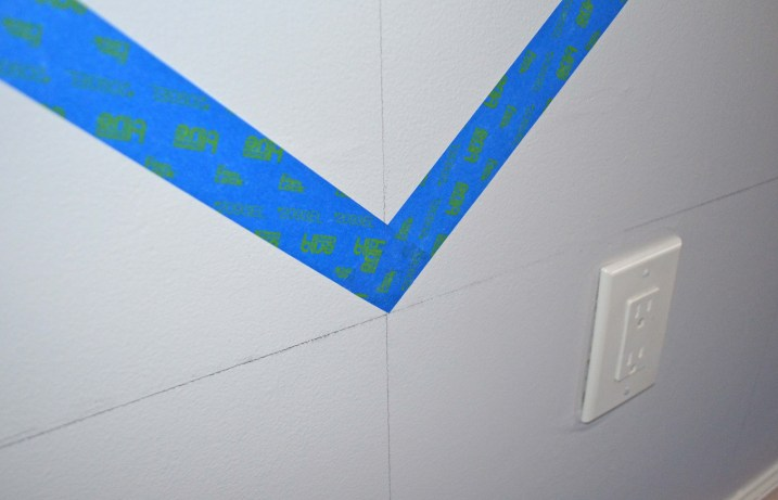How to get crisp corners when taping off a wall chevron smart girls diy