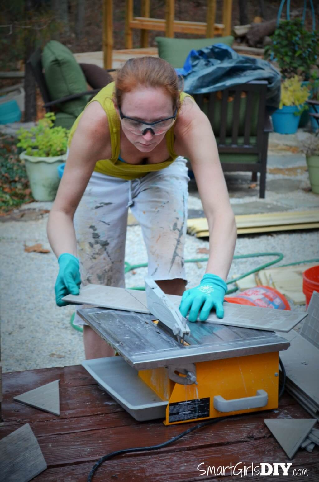 Using a tile saw