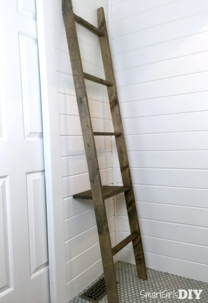 Made to look old - DIY bathroom storage ladder