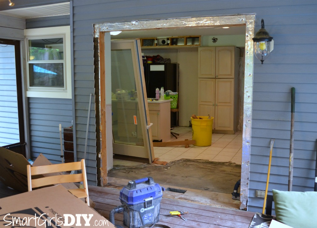 How to remove a sliding patio door DIY