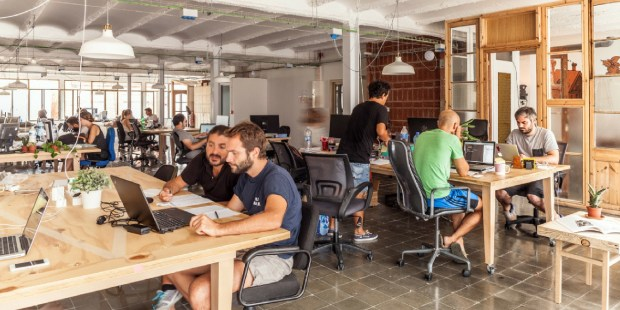 Coworking Spaces: 5 Things You Should Know if You Want to Join One