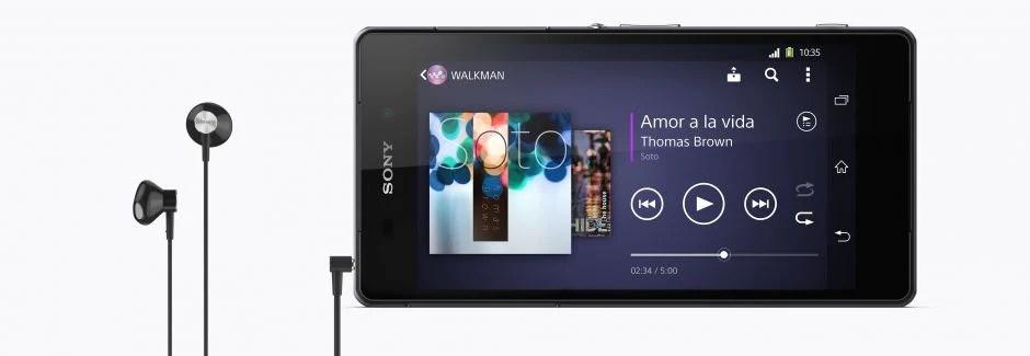 يمكنك استخدام STH30 مع أي هاتف ذكي، أو جهاز لوحي، أو كمبيوتر محمول، أو مشغل موسيقى شائع مزود بموصل صوت قياسي بمقاس 3,5 ملم.
