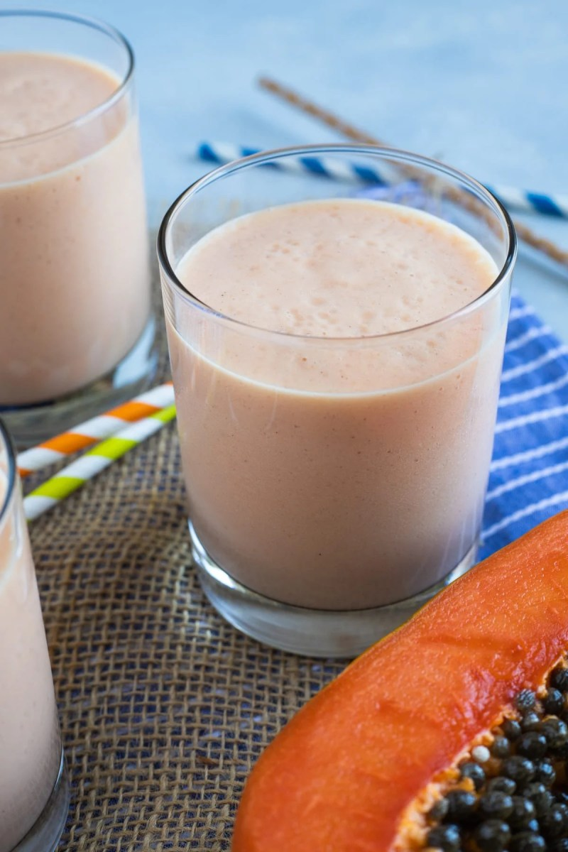 Papaya Milkshake (Batido de Lechosa) | Smart Little Cookie