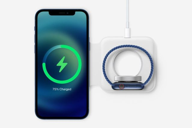Двойно зарядно за iPhone и Apple Watch