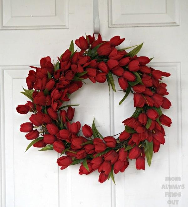 Red tulip wreath