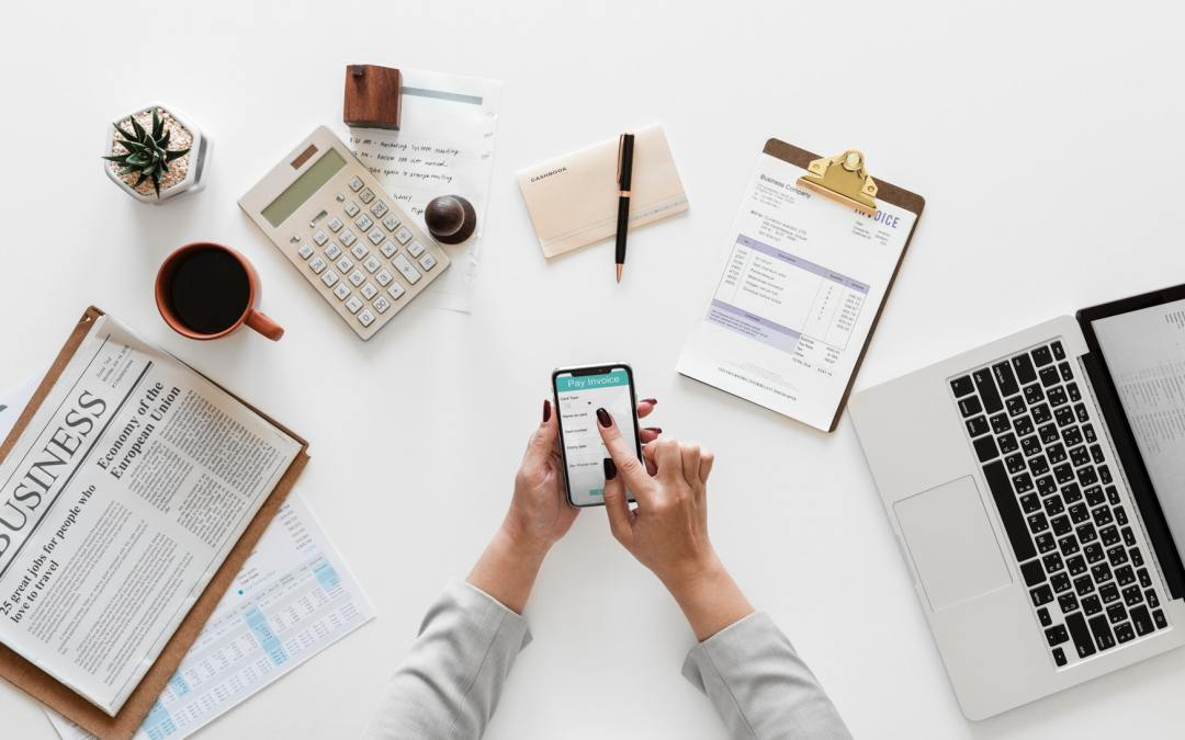 How To Track Expenses With Spending Log And Save Money