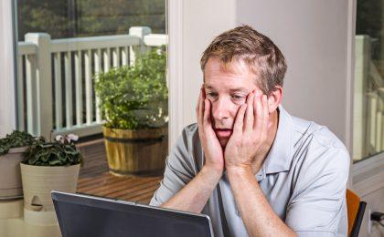 Die Festplatte ist beschädigt, alle darauf gespeicherten Daten sind verloren: Für PC-Nutzer ist dies der schlimmste Alptraum. Daher empfiehlt es sich, rechtzeitig auf moderne Speichermedien umzusteigen.