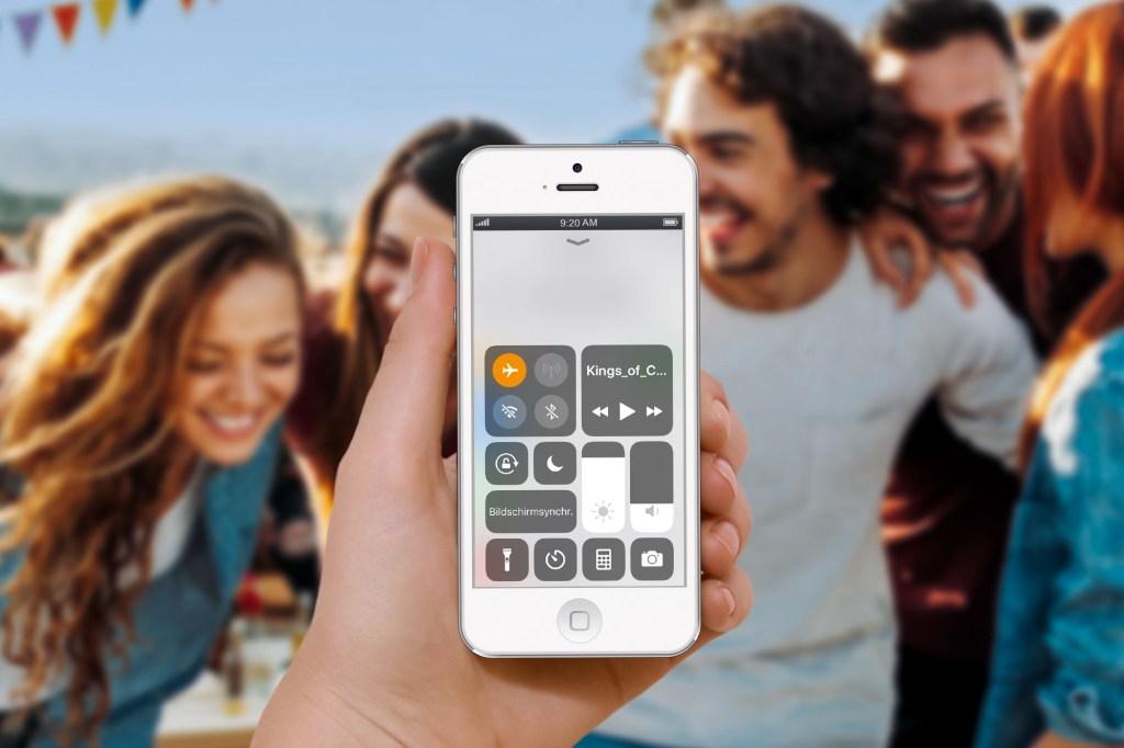 Das Smartphone ist unverzichtbar geworden, ob Zuhause oder auf Reisen - allerdings sollte man das Handy regelmäßig auch mal ganz bewusst zur Seite legen.