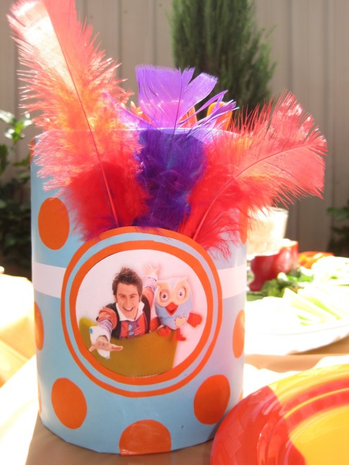 A Giggle and Hoot party is a perfect birthday party theme for the young kids. Giggle and Hoot are adored by both girls and boys which makes it the perfect unisex party theme. This party will provide plenty of inspiration for food and decorations. I love the party favors, they are perfect for the kids and easy to organize.