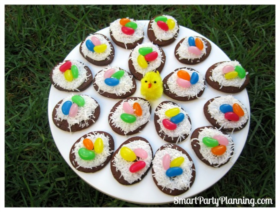 Birds Nest Cookies are easy to make, they look awesome and they taste delicious. These are a winner for the kids so are the perfect dessert choice for Easter. They are also are great for some quick and easy gift ideas.