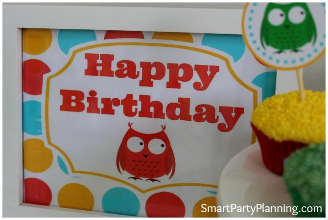 Owl Happy Birthday Sign