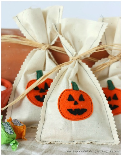 Pumpkin trick or treat bags