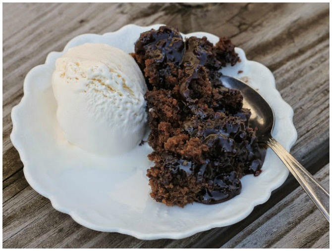Crock Pot Fudge Pudding