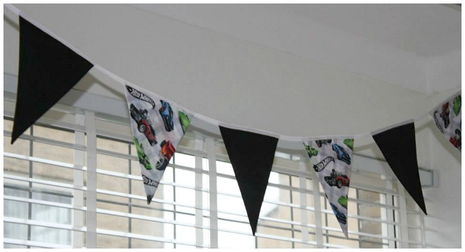 Hot Wheels Bunting