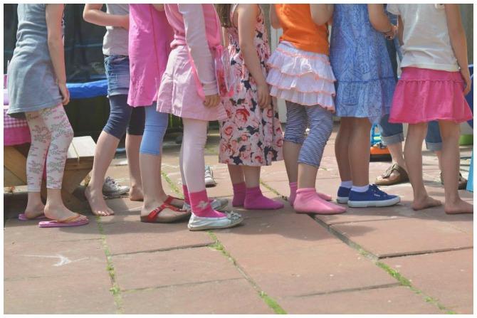 Kids in line