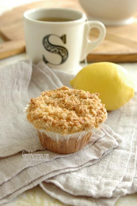 lemon popyseed muffin