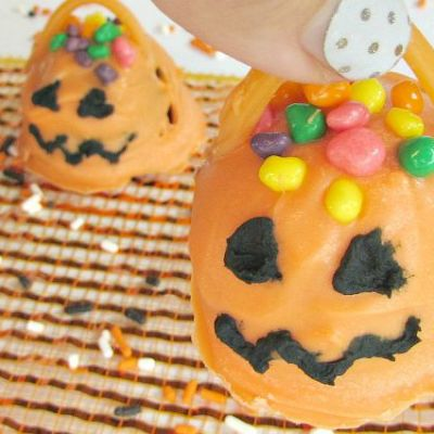 Easy Candy Filled Jack O' Lanterns