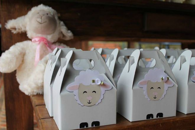 Lamb party favor boxs
