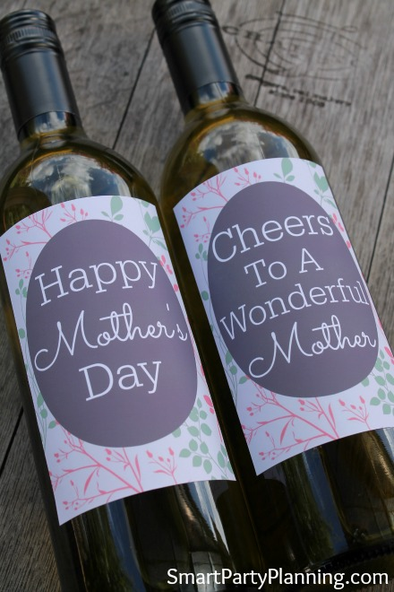 The best printable wine labels for mothers day if you are looking for a last minute mothers day gift that you know she will maxwellsz