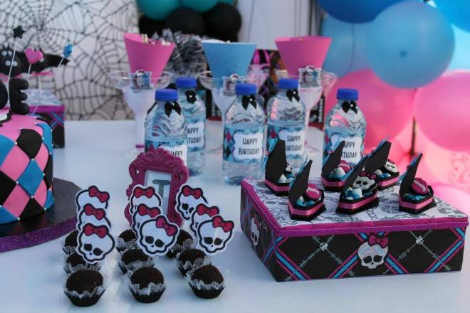 Monster High water bottles