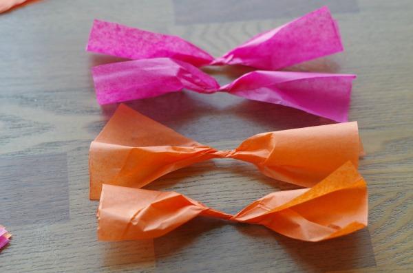 Roll tissue paper